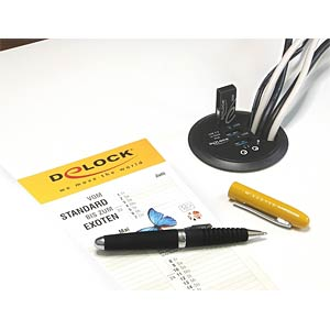 USB 3.0, 3-port in-desk hub, HD audio, 60 mm DELOCK 61990