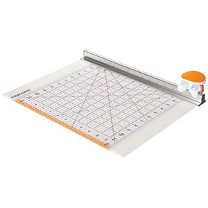 2-in-1 circular cutter and ruler FISKARS 9515