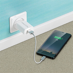 Daten-/ Ladekabel  USB A-Stecker > Type-C silber 0,15 m DELEYCON MK-MK2372